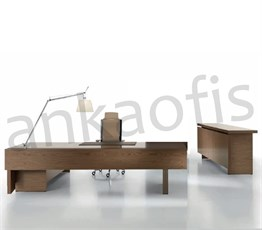 Natural Executive Desk